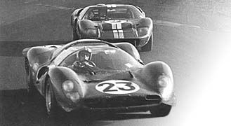 Dan Gurney chased former Ford driver, Chris Amon (Ferrari 330 P4), for many laps until the transmission broke, just like every other Mk II at Daytona.